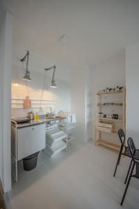 Danvisual Apartment 4, Apartmány  Novi Sad - big - 4
