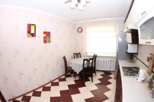 Apartment Valihanova street 1., Apartments  Astana - big - 10