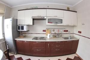 Apartment Valihanova street 1., Apartments  Astana - big - 9