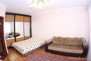 Apartment Valihanova street 1., Apartments  Astana - big - 6