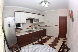 Apartment Valihanova street 1., Apartments  Astana - big - 4