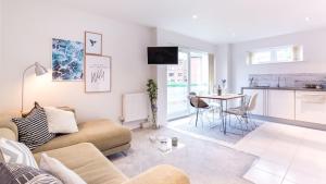 Poole Park Apartment