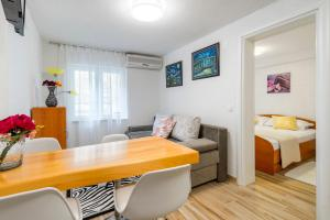 Apartments Roma