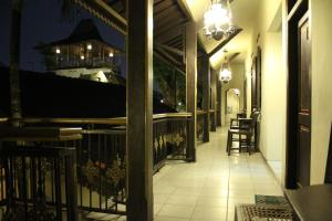 Cakra Homestay, Privatzimmer  Solo - big - 11