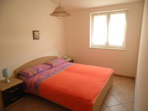 Apartment Stella Alpina, Apartments  Lovrečica - big - 11