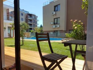 Kiara Apartments, Apartments  St. St. Constantine and Helena - big - 12