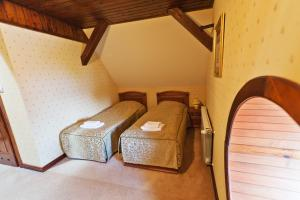 Zamek von Treskov, Hotels  Strykowo - big - 11