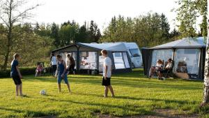 Kameno Vrelo Tents