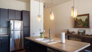 The Lofts at 6th and G, Apartmány  Grants Pass - big - 4