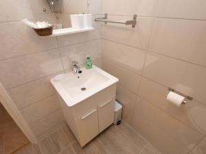 Apartment Marija 1387, Apartmány  Fažana - big - 15