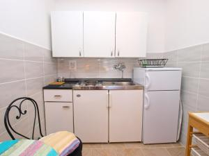 Apartment Marija 1387, Apartmány  Fažana - big - 13
