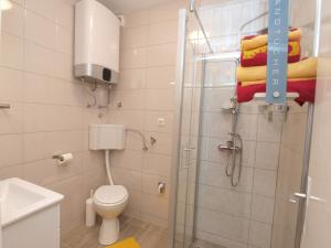Apartment Marija 1387, Apartmány  Fažana - big - 12