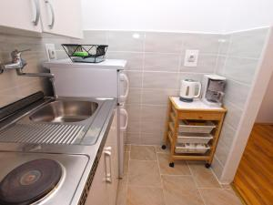 Apartment Marija 1387, Apartmány  Fažana - big - 18