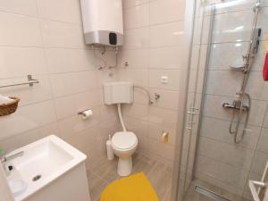 Apartment Marija 1387, Apartmány  Fažana - big - 17