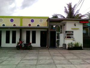 Grisa Homestay, Privatzimmer  Kendari - big - 1