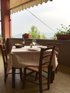 La Locanda dei Ciciu, Hotel  Villar San Costanzo - big - 25