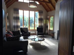 Lyttelton Harbour Vineyard Lodge