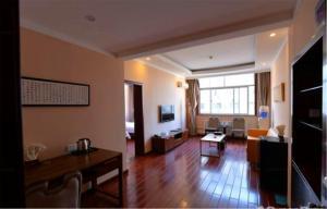 Beidaihe Binhai Blue Sky Business Hotel, Hotel  Qinhuangdao - big - 4