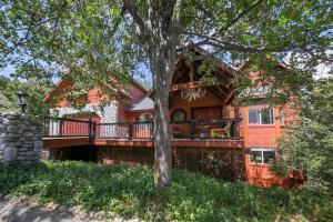 Lake Arrowhead home with Mountain Views
