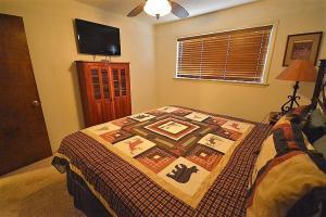 206 Coal Mountain - Three Bedroom, Nyaralók  Ruidoso - big - 13