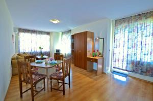 Rossitsa Holiday Apartments