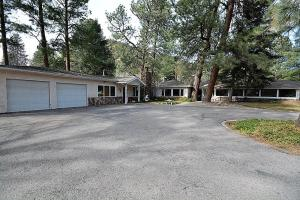 Lady Marmalade's River Cottage - Five Bedroom, Case vacanze  Ruidoso - big - 1