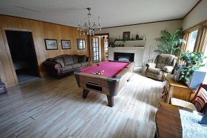 Lady Marmalade's River Cottage - Five Bedroom, Case vacanze  Ruidoso - big - 21