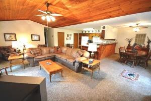 English - Three Bedroom, Nyaralók  Ruidoso - big - 3