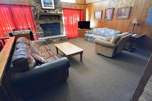 Bear Crossing - Three Bedroom, Dovolenkové domy  Ruidoso - big - 4
