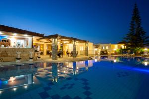 Villa Mare Monte ApartHotel, Апарт-отели  Малиа - big - 37
