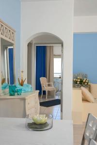 Villa Mare Monte ApartHotel, Апарт-отели  Малиа - big - 17