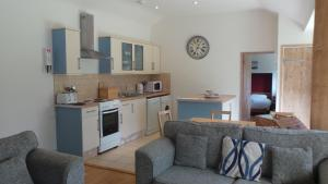Pilgrims Rest - Rock, Holiday homes  Wadebridge - big - 2