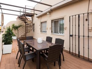 Duplex Amor de Dios, Apartments  Seville - big - 7