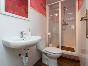 Duplex Amor de Dios, Apartments  Seville - big - 18