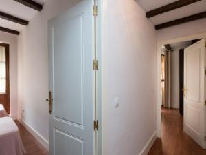 Duplex Amor de Dios, Apartments  Seville - big - 21