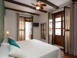 Duplex Amor de Dios, Apartments  Seville - big - 24