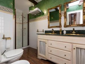 Duplex Amor de Dios, Apartments  Seville - big - 27