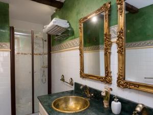 Duplex Amor de Dios, Apartments  Seville - big - 28
