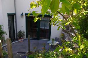 Ferienwohnung Am Henkelsee, Apartmanok  Iphofen - big - 2