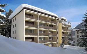 Ferienwohnung Sesvenna, Apartments  Davos - big - 23