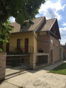 Hunor apartman, Apartmanok  Gyula - big - 8