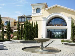 Coming Home - Penthouses La Torre Golf Resort, Apartmanok  Roldán - big - 70