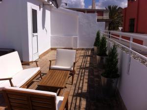 ALMIRANTE BONIFAZ 3, Apartments  Seville - big - 7
