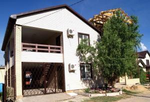 Dom in Golubitskaya