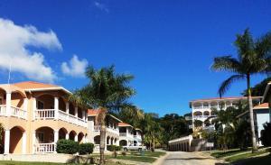 Sunset Villas 6A