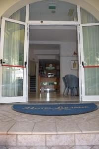 Hotel Luciana, Szállodák  Misano Adriatico - big - 17