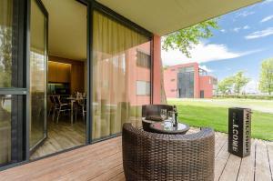 BalatonBee Apartman, Апартаменты  Балатонлелле - big - 21