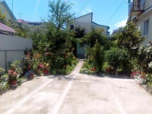Guest House Almaz on Zhemchuzhnaya 19/1