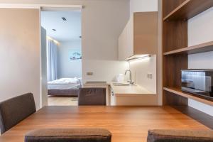 Apartments Bohemia Rhapsody, Appartamenti  Karlovy Vary - big - 4