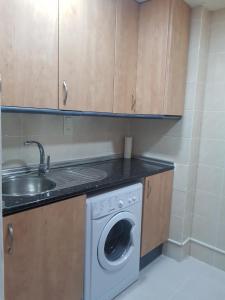 Apartamentos Cataluña92, Apartmány  Salou - big - 25